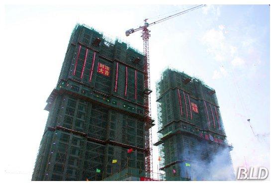 个单体18层的装配式钢结构